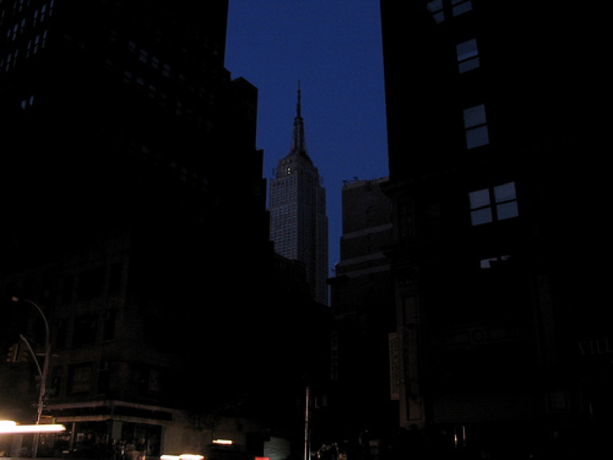 Twilight on Fifth Avenue during the blackout