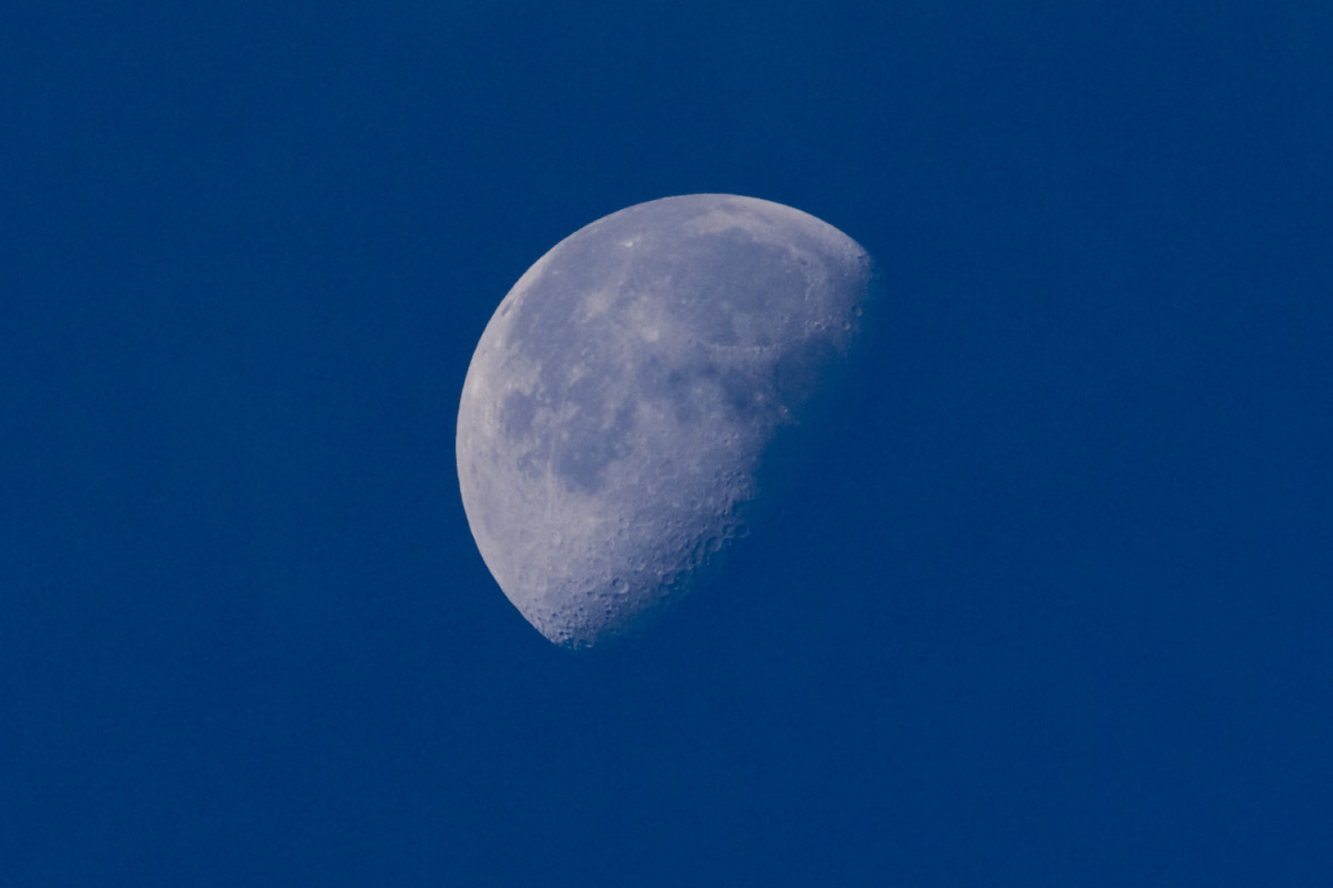Moon sighting during the day.