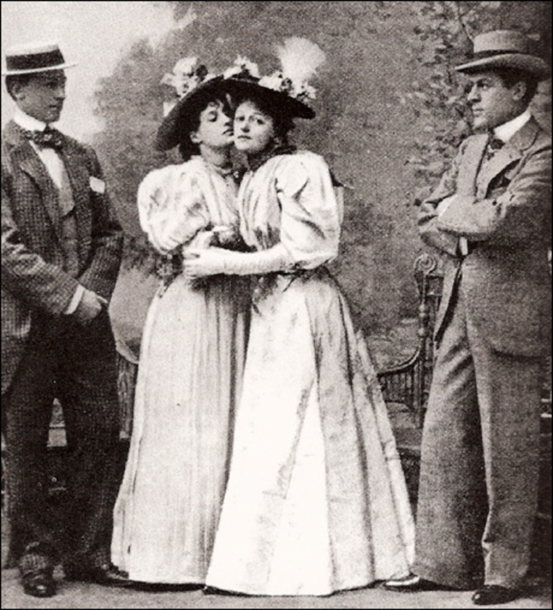 the 1895 London premier of The Importance of Being Earnest