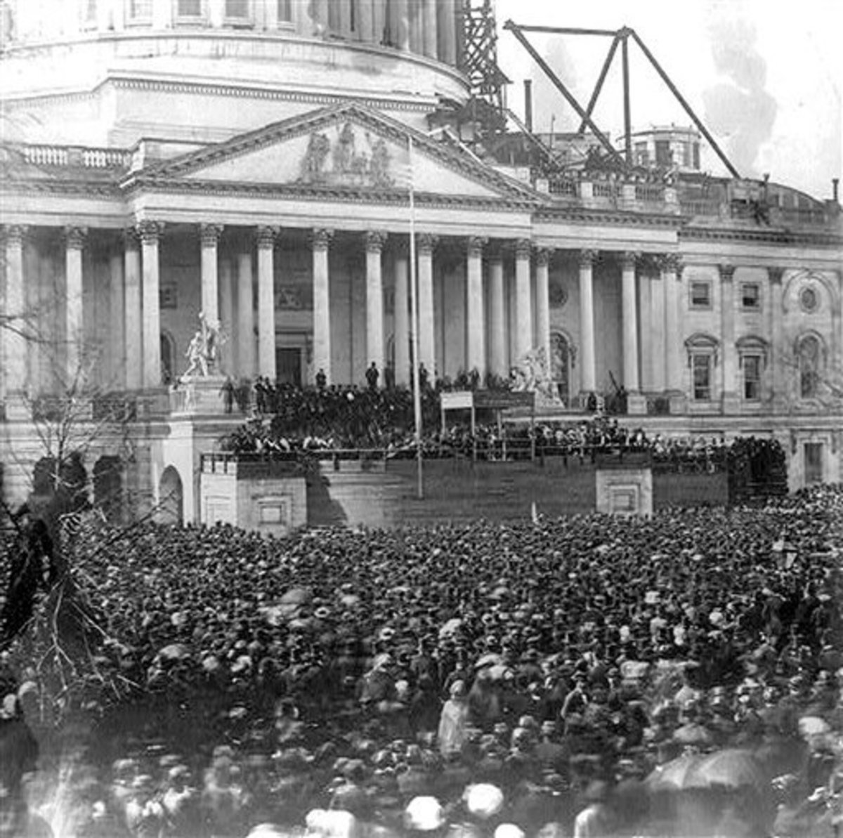 Lincoln's inauguration address, March 6, 1861. Photo taken in front of an incomplete capital building.