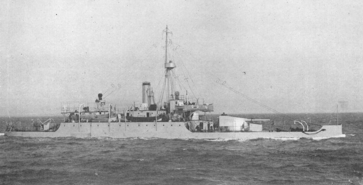 WW1: British monitor HMS Mersey.