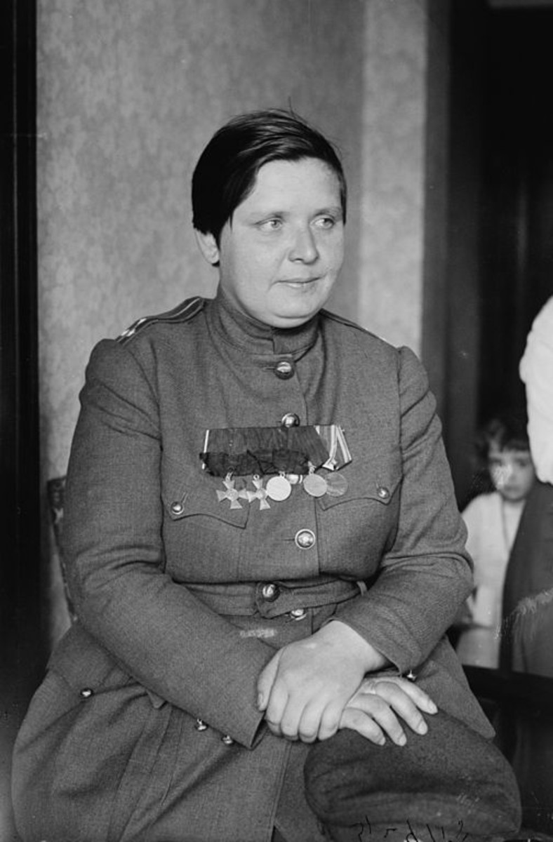 WW1: Commander Marie Bochkareva, photo taken some time around 1918