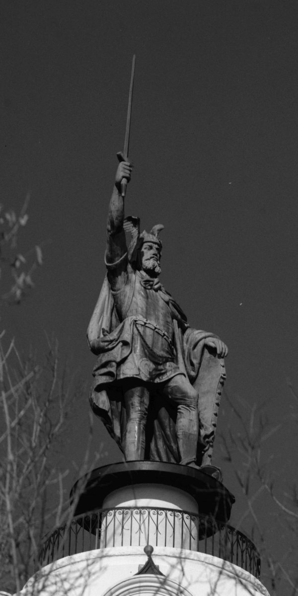 Statue of Hermann The German