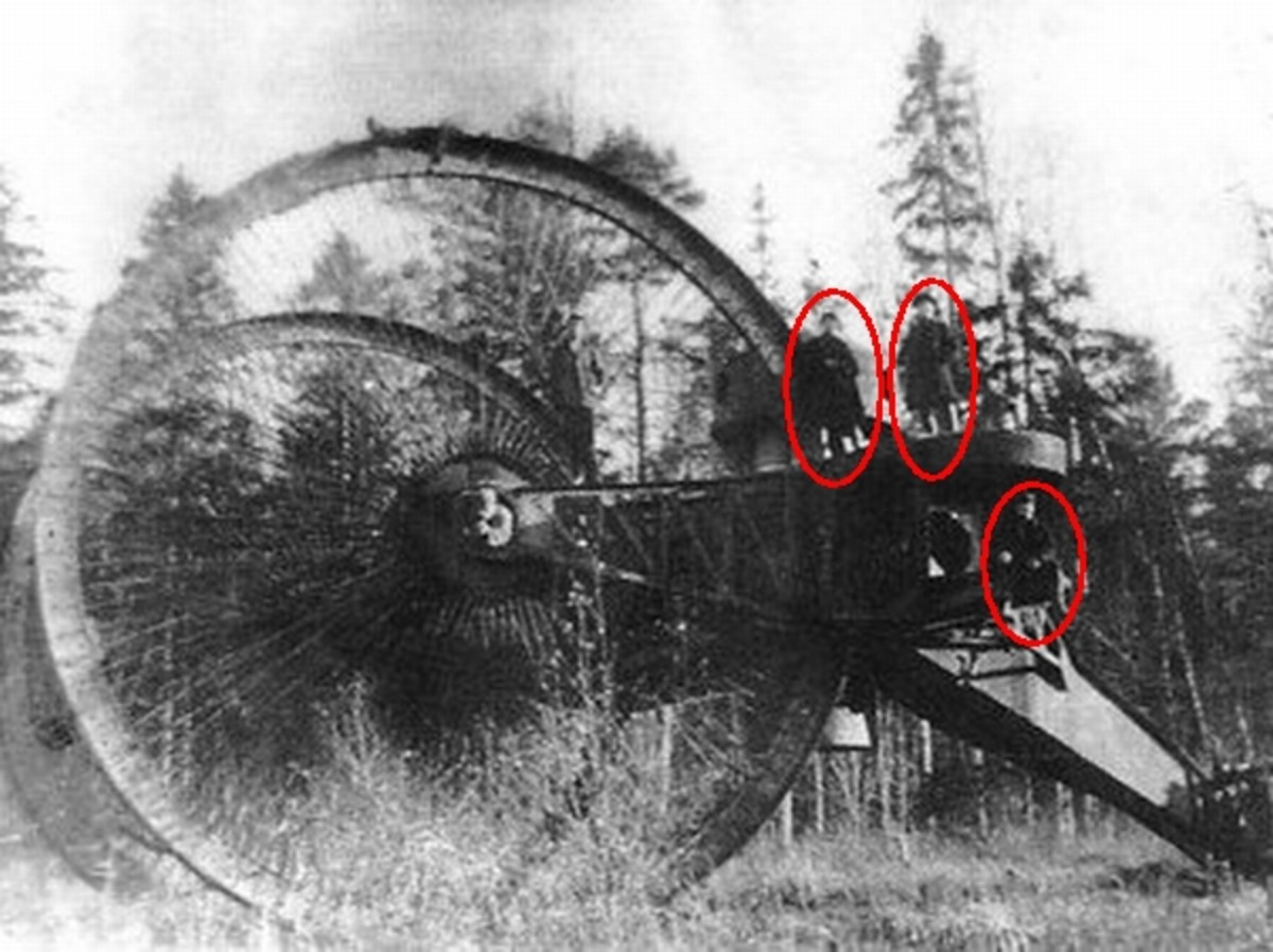 WW1: The Tsar Tank with men circled in red for scale.