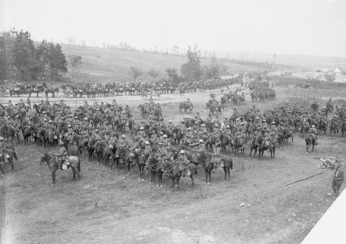 WW1: Battle of Bazentin Ridge 14 - 17 July, 1918: British cavalry drawn up in ranks in the Carnoy Valley waiting for the opportunity to attack. Part of the Somme Campaign (July 1 - November 18, 1916)