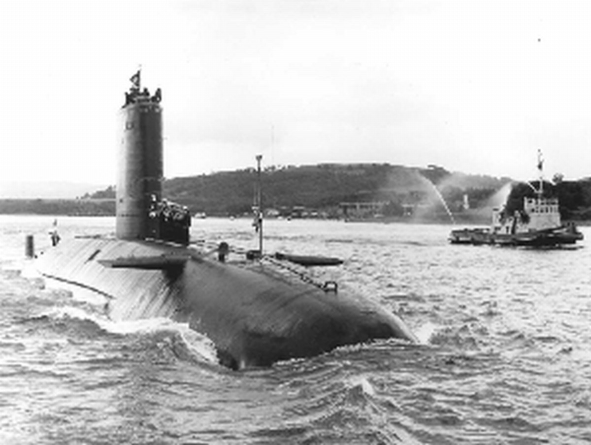 HMS Conqueror (S48) 4 July 1982 returning to the Clyde Submarine base (Faslane) from the Falklands War.