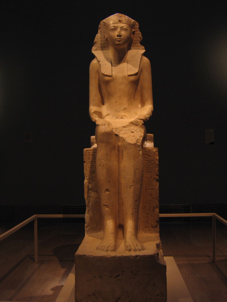 Here is a statue of Hatshepsut. Most depictions of Hatshepsut show her as a male, since she wanted to be viewed as king.