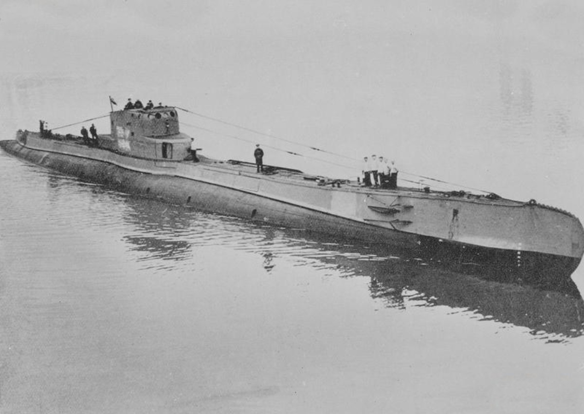 WW2: The Polish submarine ORP Orzel escaped from Tallinn in then-neutral Estonia. The Soviet Union used the incident as a pretext to justify the eventual annexation of Estonia.