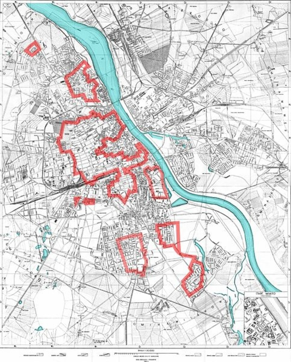 World War Two: The areas of Warsaw controlled by the Home Army on August 4th, 1944, (outlined in red) during the opening stages of the Warsaw Uprising.