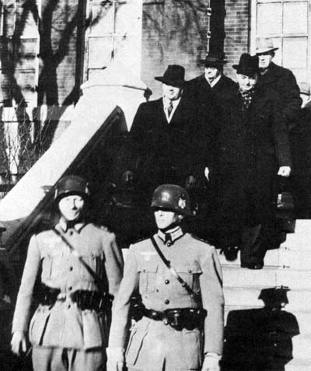 WW2: Arrest of city officials in Winnipeg during If Day