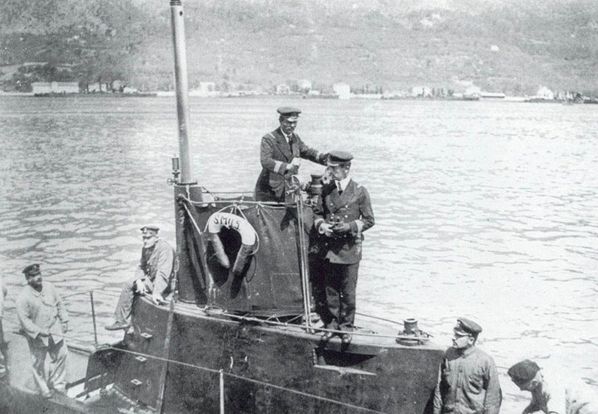 World War One: On the U-5 bridge, Captain von Trapp. 1915.