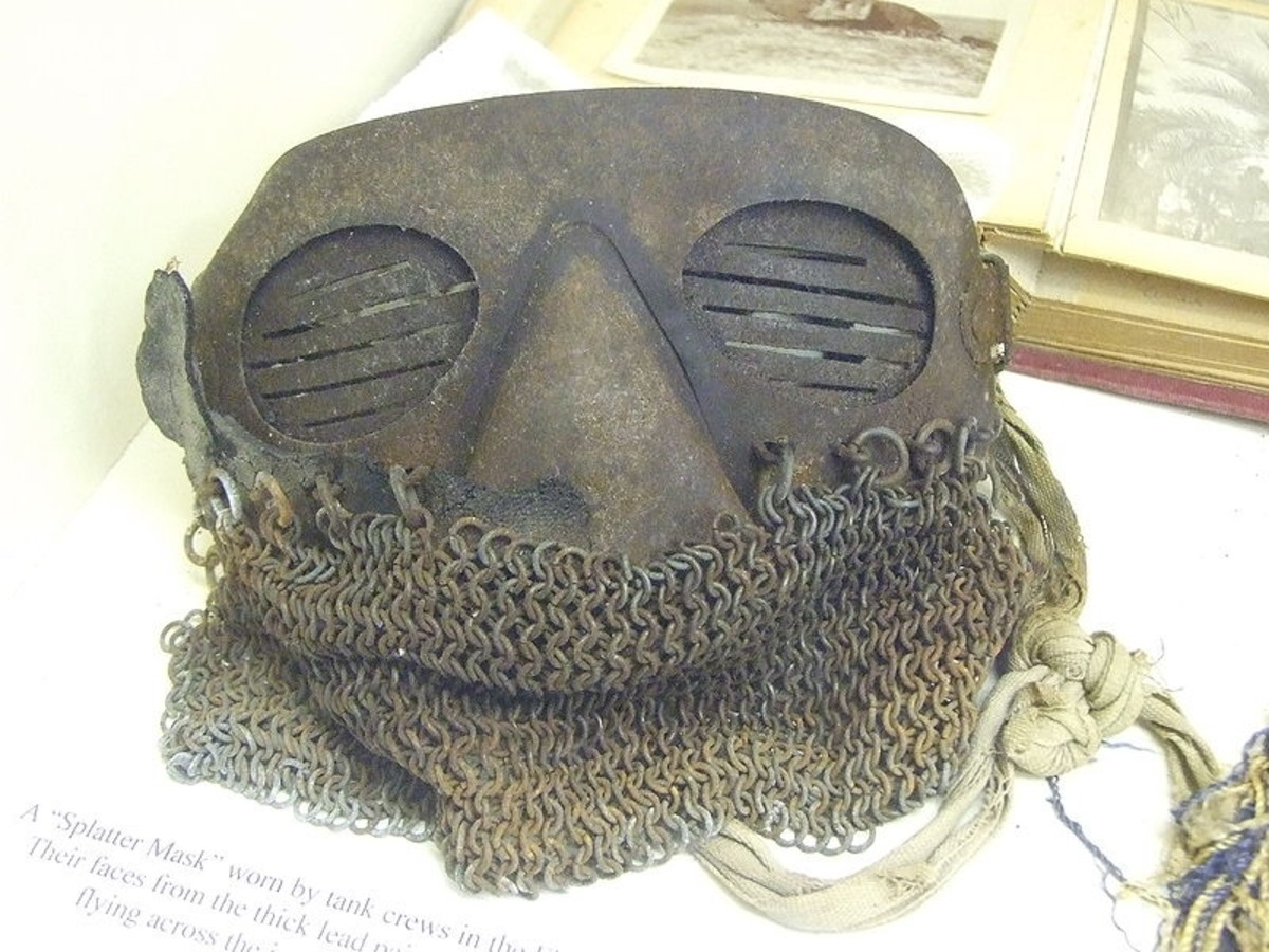 Splatter mask used by tank crews in World War I to protect from armor fragments bloen loose by shrapnel and armor-piercing bullets.