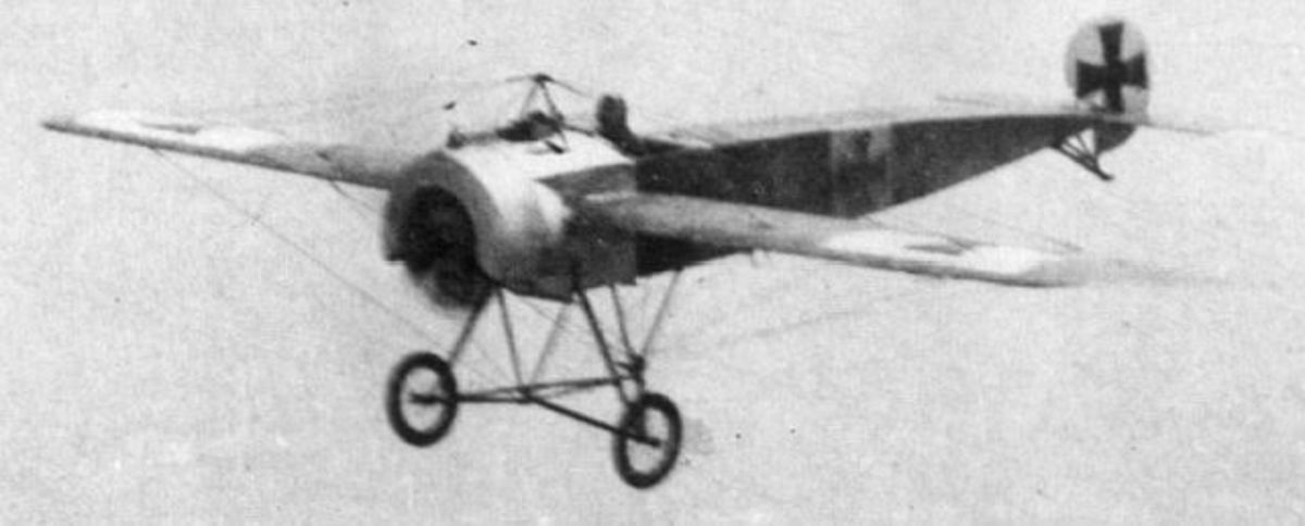 WWI: Eschwege first flew a Fokker Eindecker III with a synchronized machine gun. 1916.