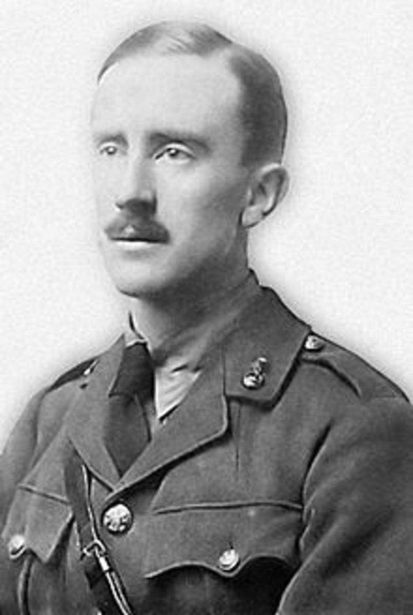 A young J.R.R. Tolkien during WW1, before he fell ill with trench fever.