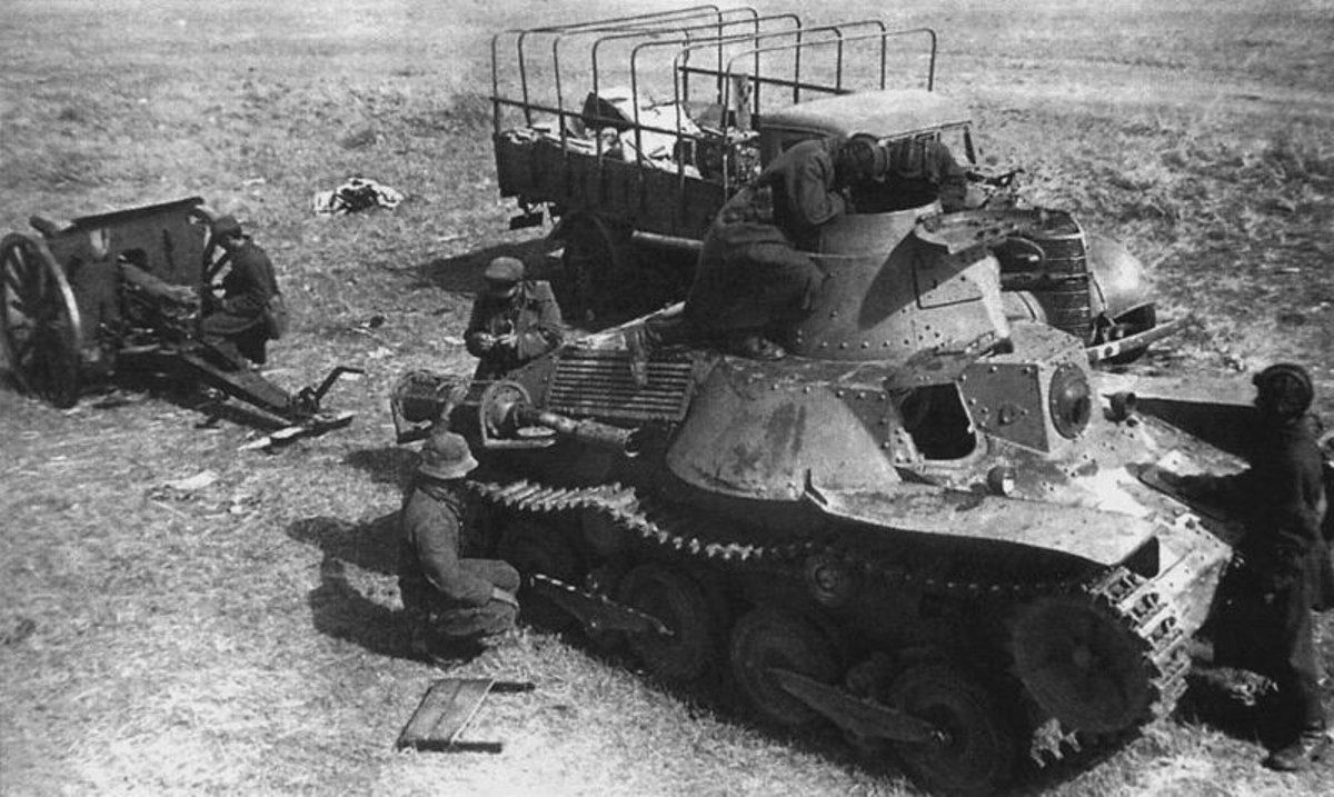 WWII: Japanese Type 95 Ha-Go captured by Soviet troops after Battle of Khalkhin Gol. 1939