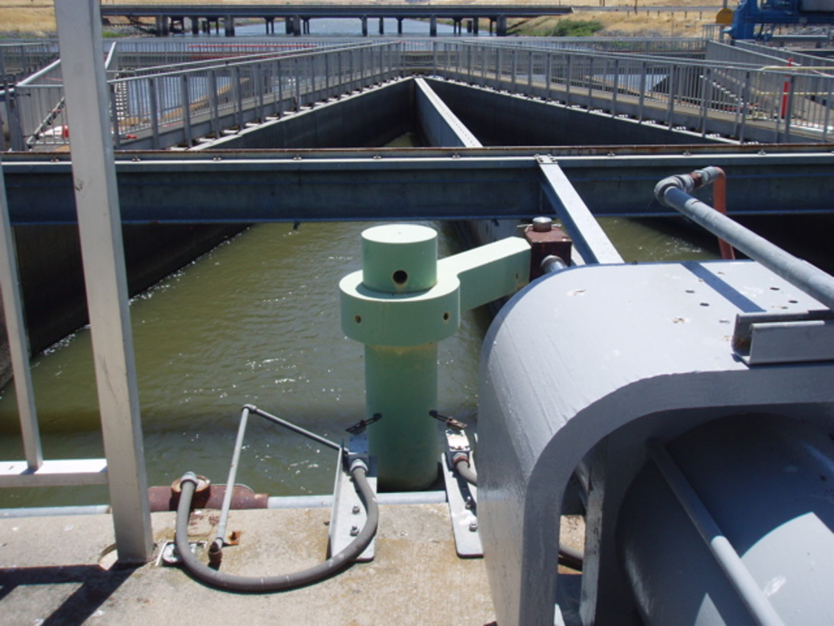 California's Department of Water & Power offers tours of the San Francisco Delta aqueduct that carries water to Southern California.