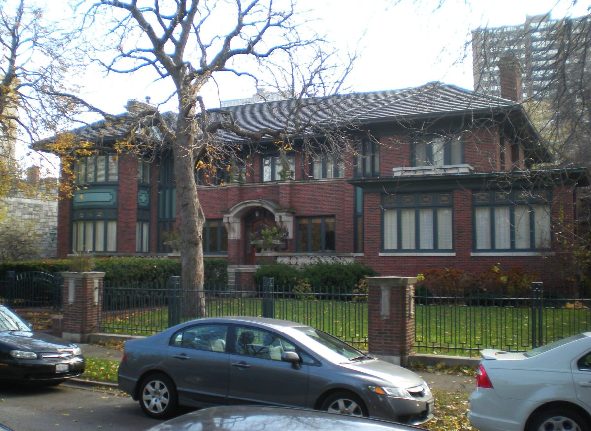 The Claude Seymour House (1913) at 817 W. Hutchinson Street.
