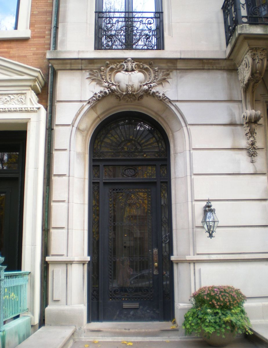 Front door of 1521 N. State Parkway.