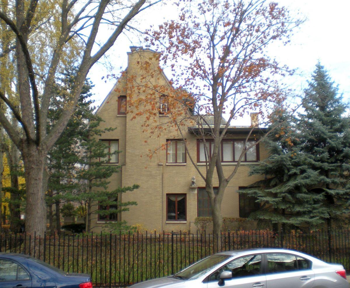 839 W. Hutchinson as seen from Hazel Street.