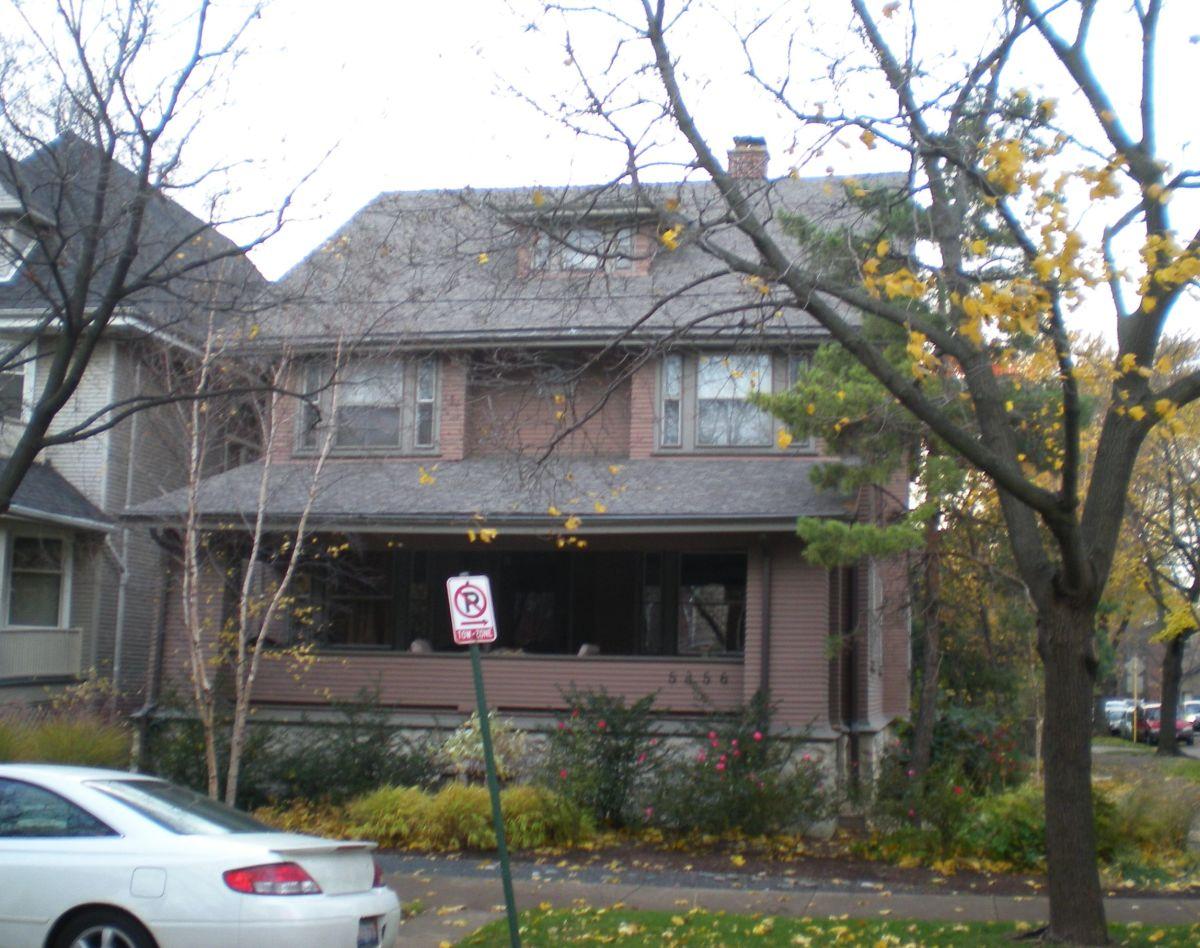 Arthur Deppman House (1904) at 5356 N. Magnolia Avenue in the Edgewater neighborhood.