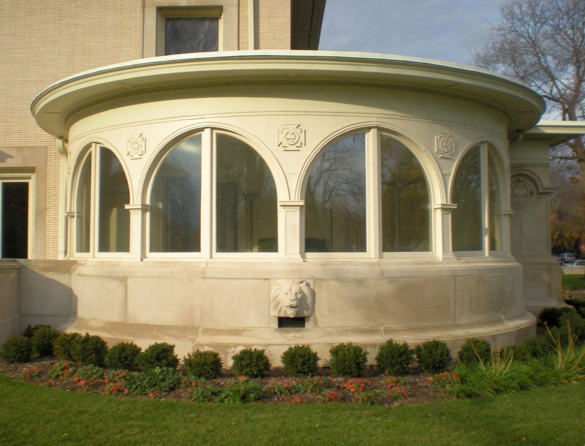 Details of the sunroom of Pleasant Home.