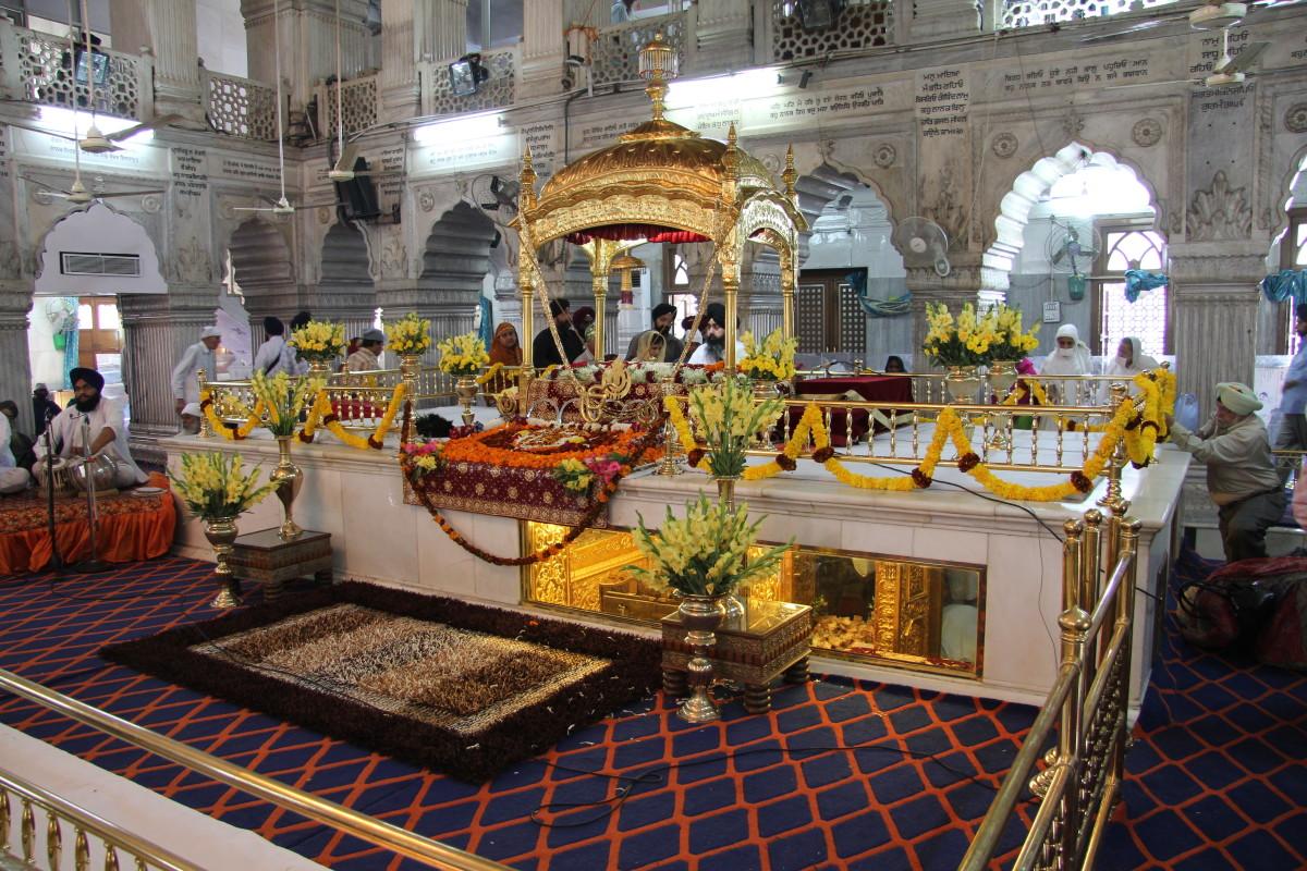 inside Gurudwara Sis Ganj, the prayer hall.