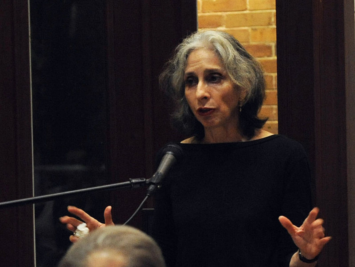 Deborah Eisenberg  speaking at Tulane University in 2009, the same year she won the prestigious MacArthur Fellowship