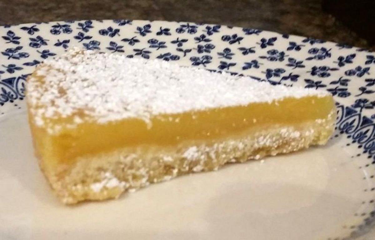 Recipe for Easy Lemon Bars With Shortbread Crust