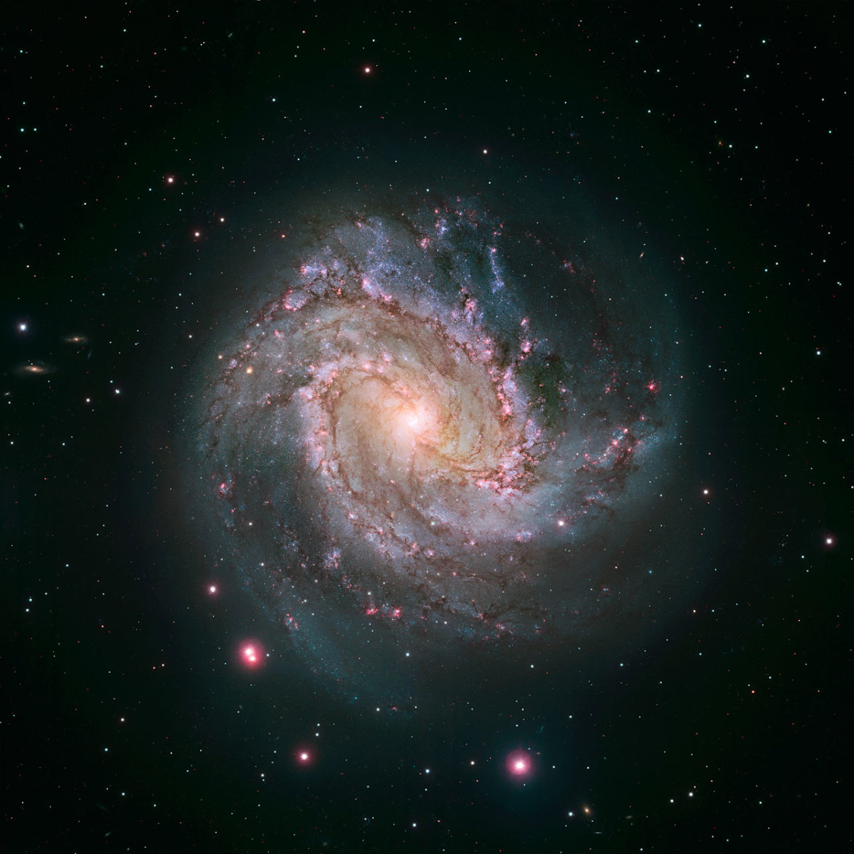 Galaxy M83.