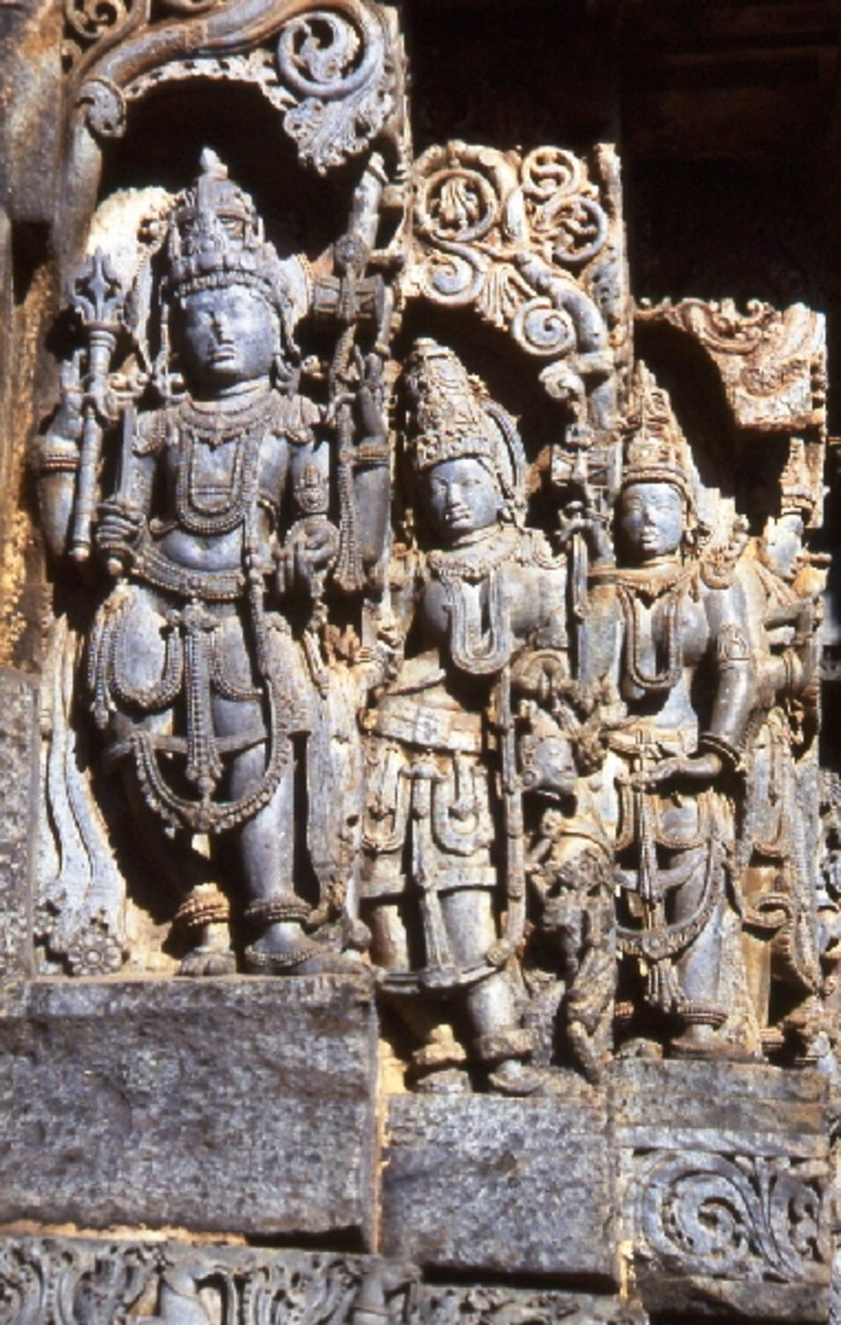 10 Famous Stone and Rock Indian Sculptures | Owlcation