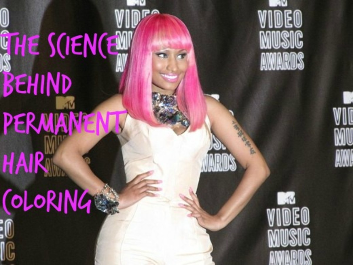 Nicki Minaj displaying her not-so-natural pink hair. Source: Wikimedia Commons, Philip Nelson, CC BY-SA 2.0.