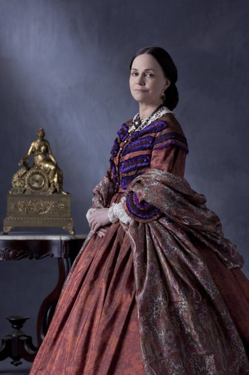 """Sally Field Portrayed Mary Todd Lincoln in Movie """"Lincoln"""""""