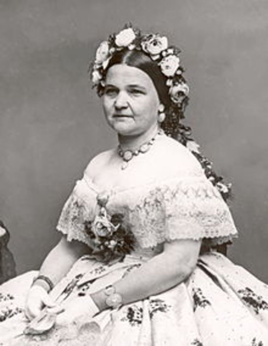 Mary Todd Lincoln in 1861, Age 43