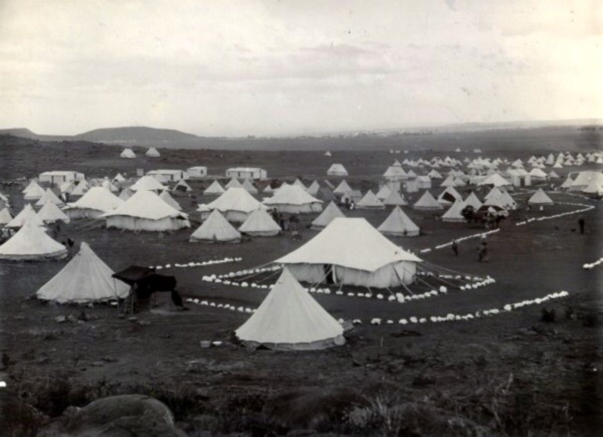 A photograph showing the tents at Bloemfontein concentration camps.