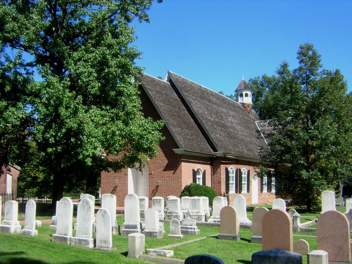 The Final Resting Place of Hetty Cary Martin:  St Thomas Church (Episcopal), Owings Mills MD, USA from south