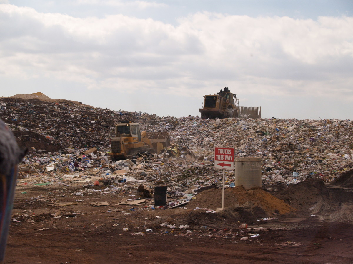 Active tipping area of an operating landfill in Perth, Western Australia