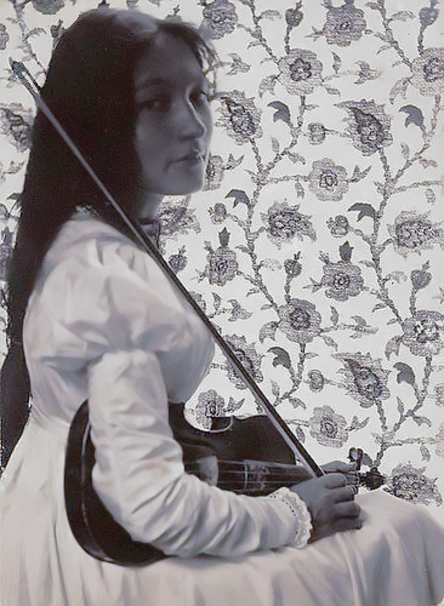 Zitkala-Sa with her violin