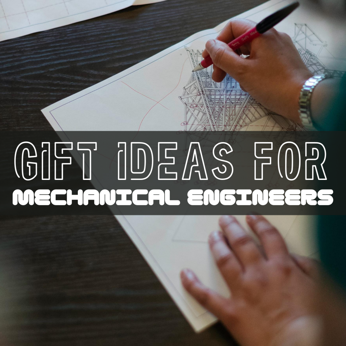 Wondering what to get a mechanical engineering student for graduation or a birthday? Look no further.