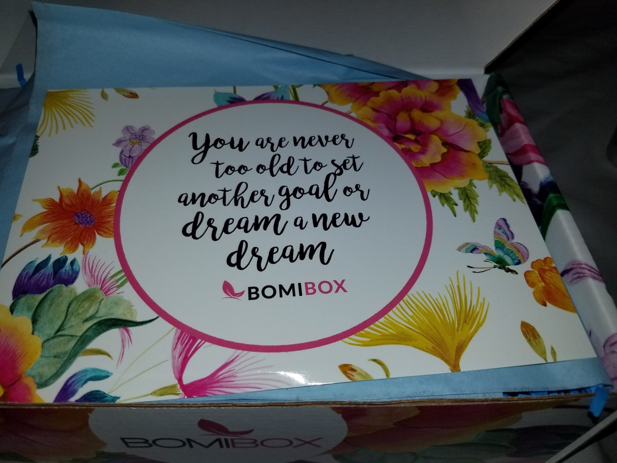 BomiBox Korean Skincare Subscription Box Review