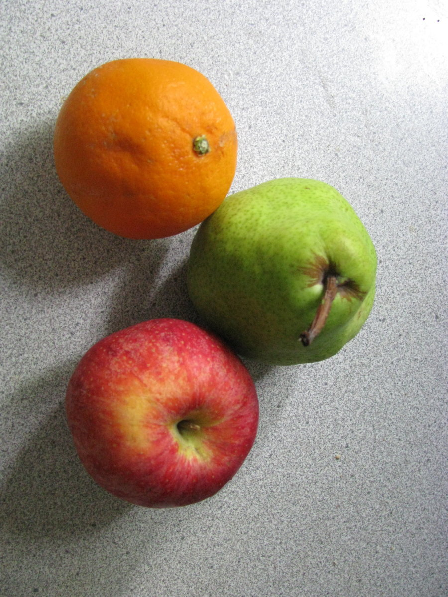 Which of these fruits can be kept in a cool dry place instead of the fridge? Find out!