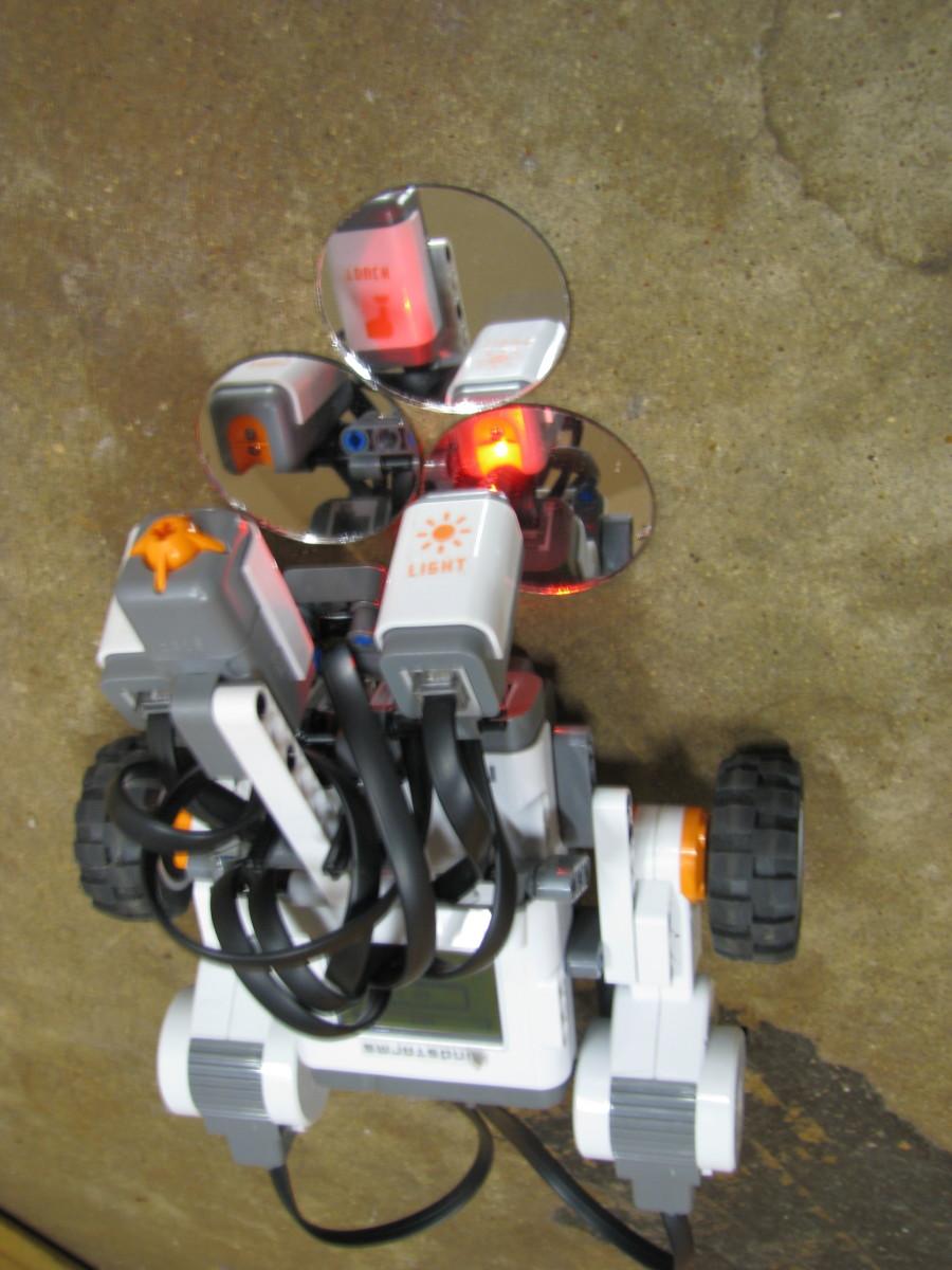 "Lego robot finding ""bomb"" mirrors."