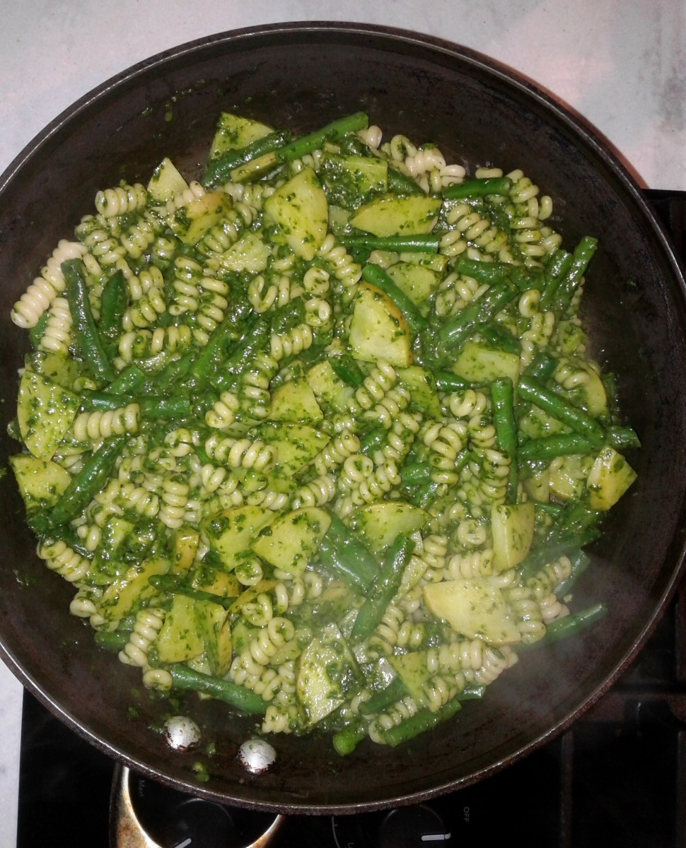Northern Italian Pasta with Pesto, Potatoes, and Green Beans