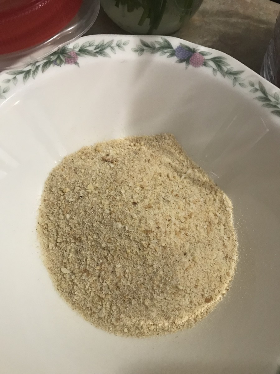 Use unseasoned bread crumbs for the topping, although you can swap out regular bread crumbs and panko, which ever you prefer or whatever you have on hand.