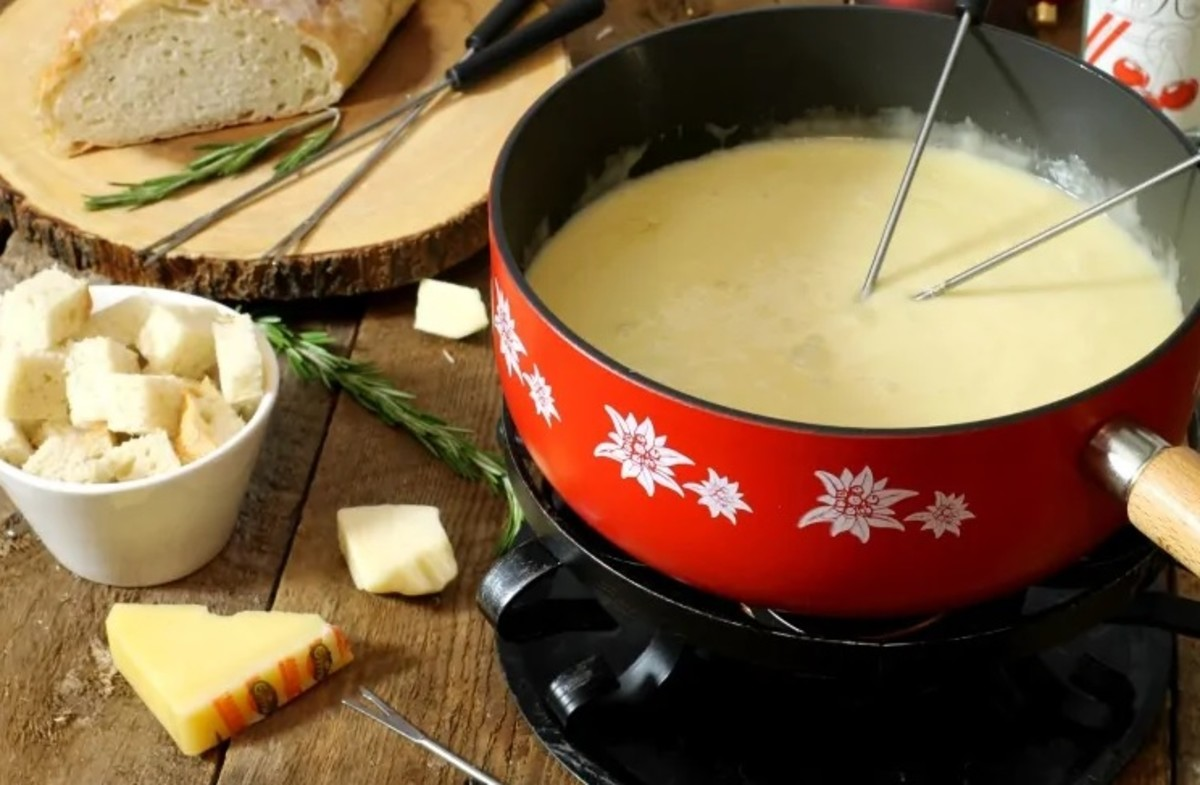 Authentic Swiss cheese fondue