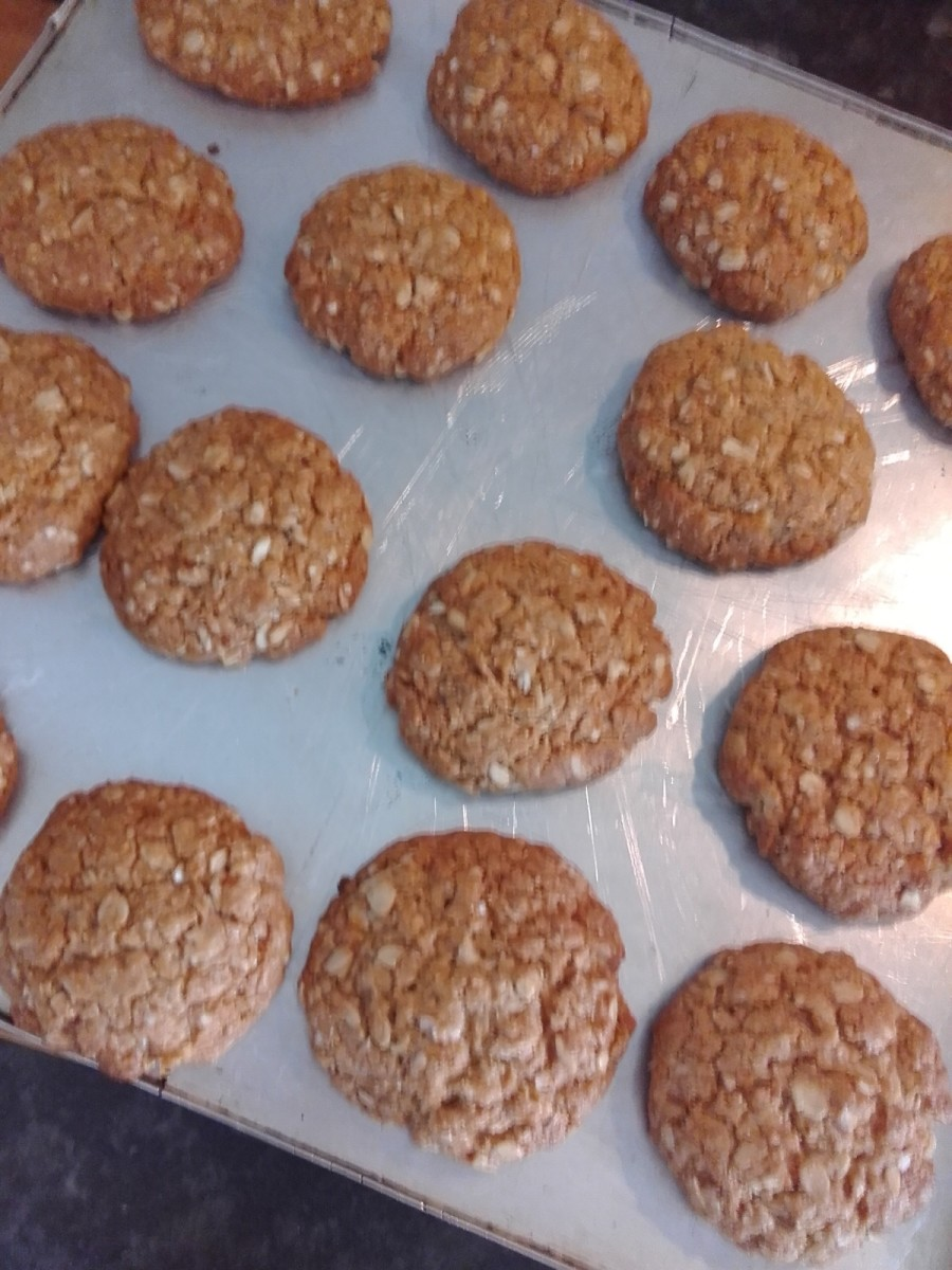 ANZAC Biscuits: Quinoa, Coconut, & Maple Syrup Cookies