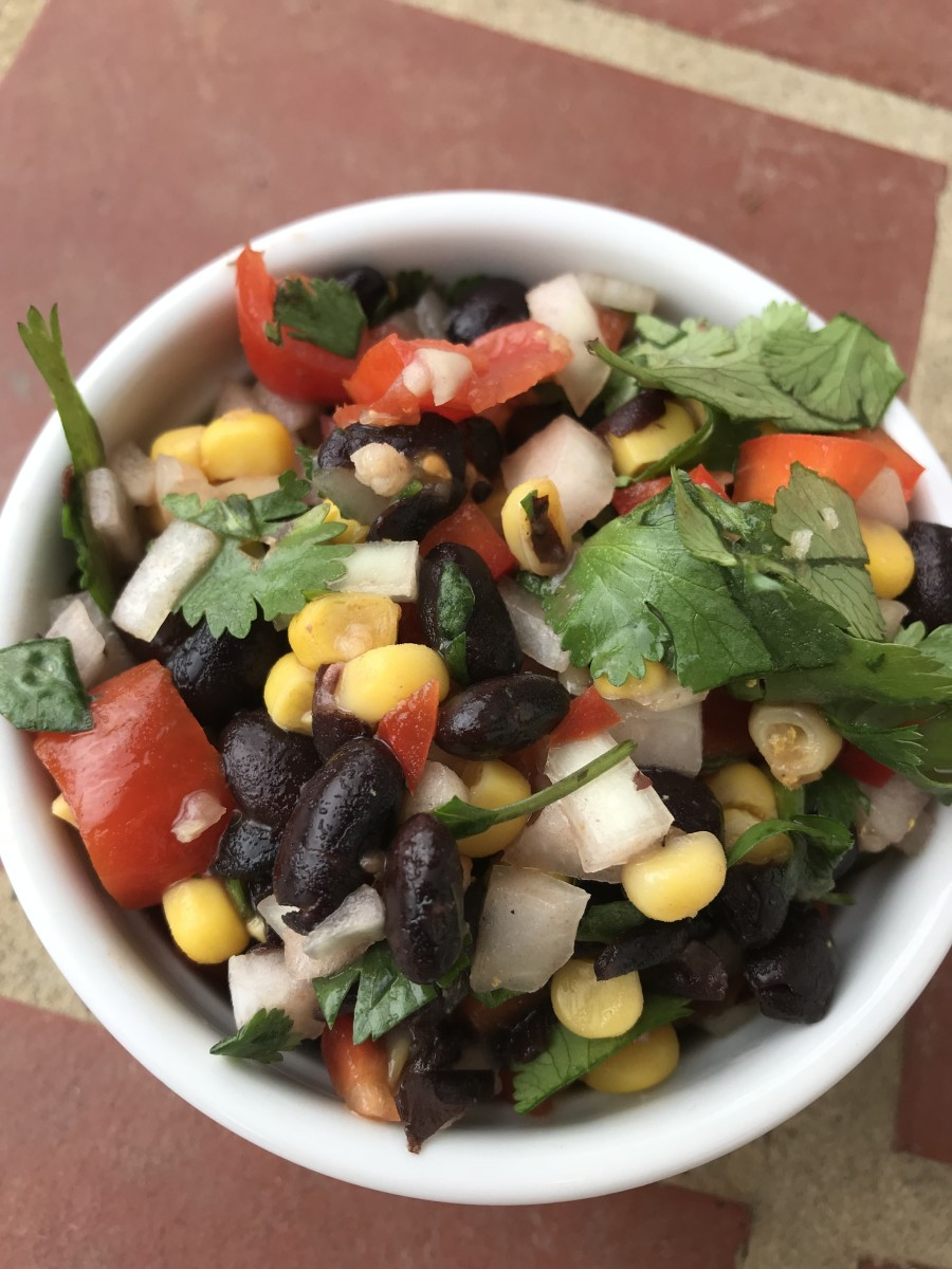 Just another look because it's beautiful - fresh, black bean salsa ready to serve. Use it as a dip, or to top of gorgeous salad.