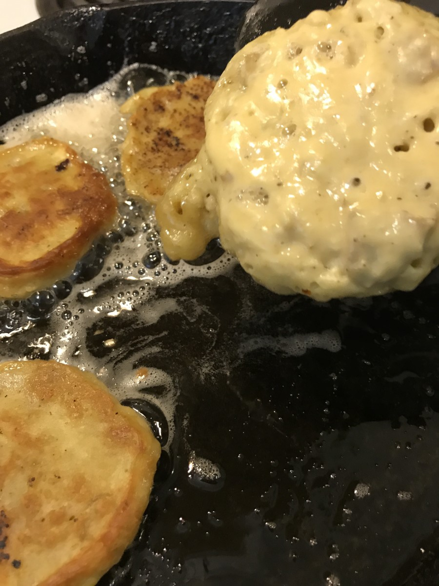 Turn the pancakes when bubbles form and pop on top, and the bottom is golden and crispy.