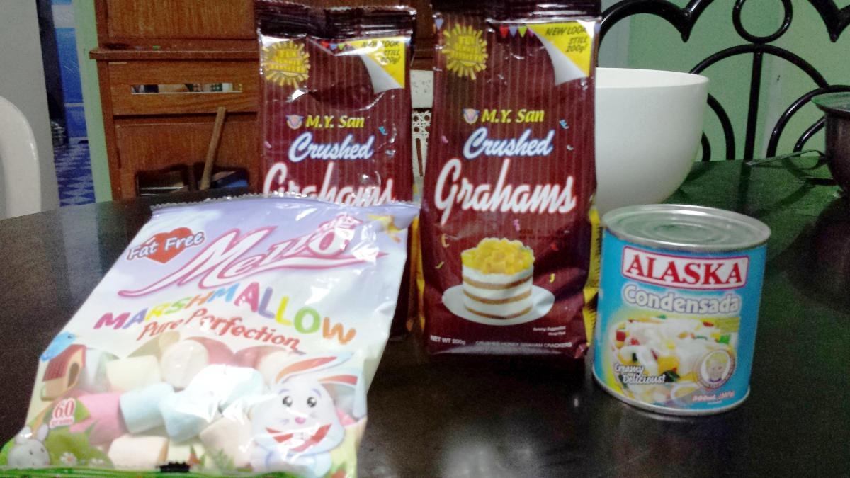 These are the ingredients I used in making graham balls.