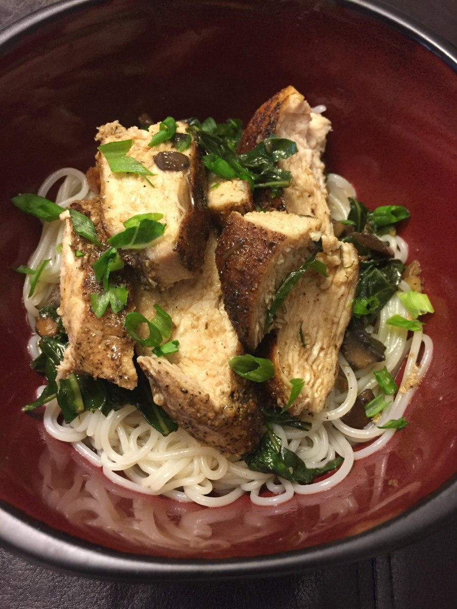 Five Space Chicken with Vermicelli, Mushrooms and Baby Fennel