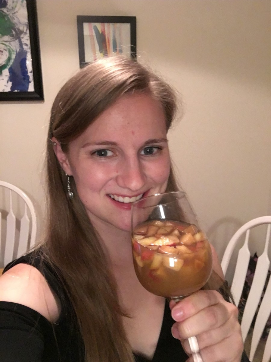 I think this sangria just might be my new favorite fall drink.